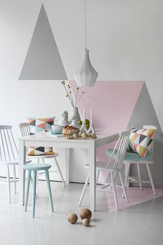 Romantic-geometric-pastel-paint