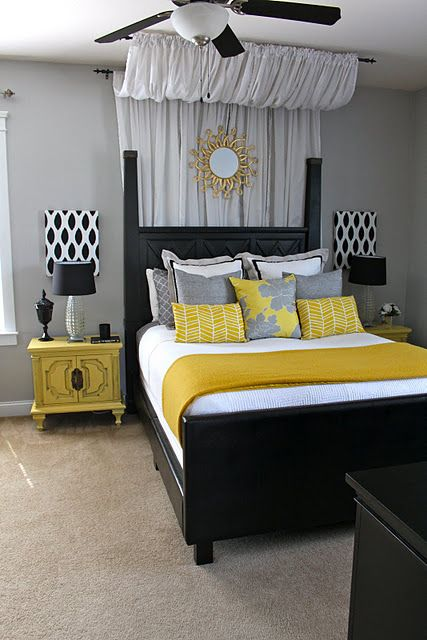 pretty-black-headboard-design-idea